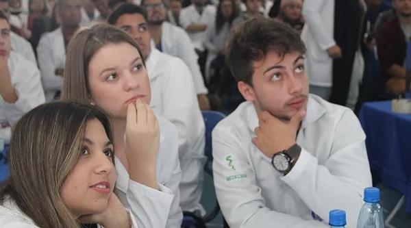 Faculdade de Medicina realiza a 1ª Olimpíada de Anatomia e se surpreende com alunos do primeiro ano