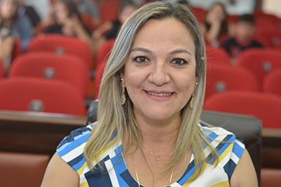 Vereadora e professora Anny Espínola
