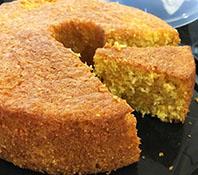 Prepare um bolo de milho  sem farinha de trigo