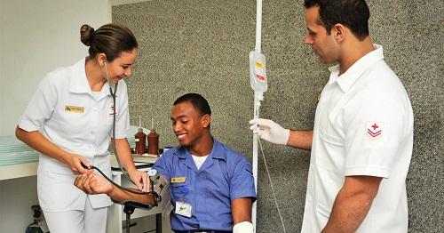 Com 177 vagas para área de saúde, Marinha abre inscrições para concurso