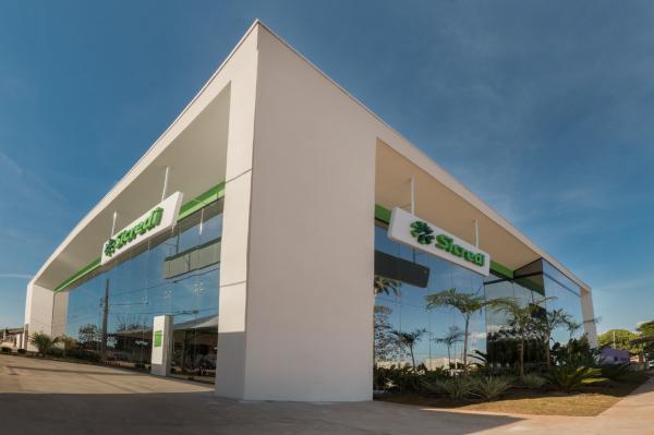 Sicredi Centro-Sul MS reinaugura agência em Bela Vista