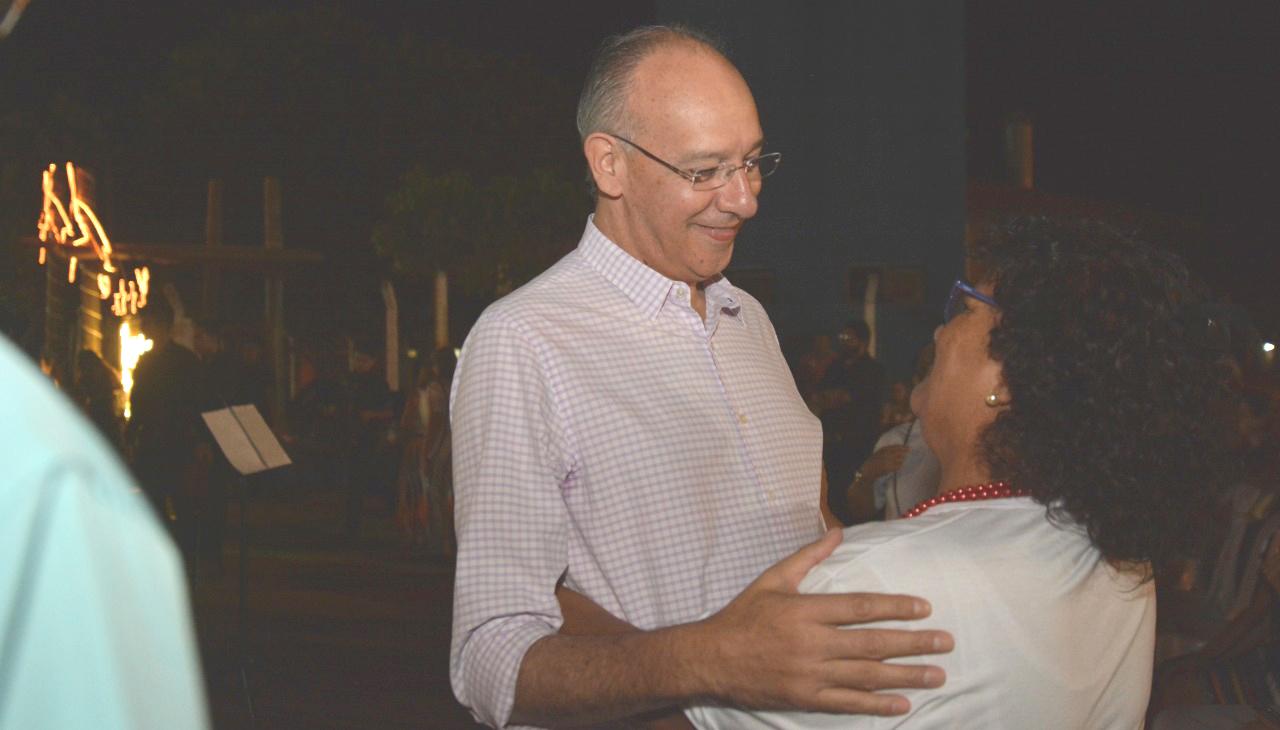 Prefeito Hélio anuncia que Praça da  Juventude homenageará Eduardo Gaúna