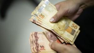 Novo salario minimo vai passar de mil reais