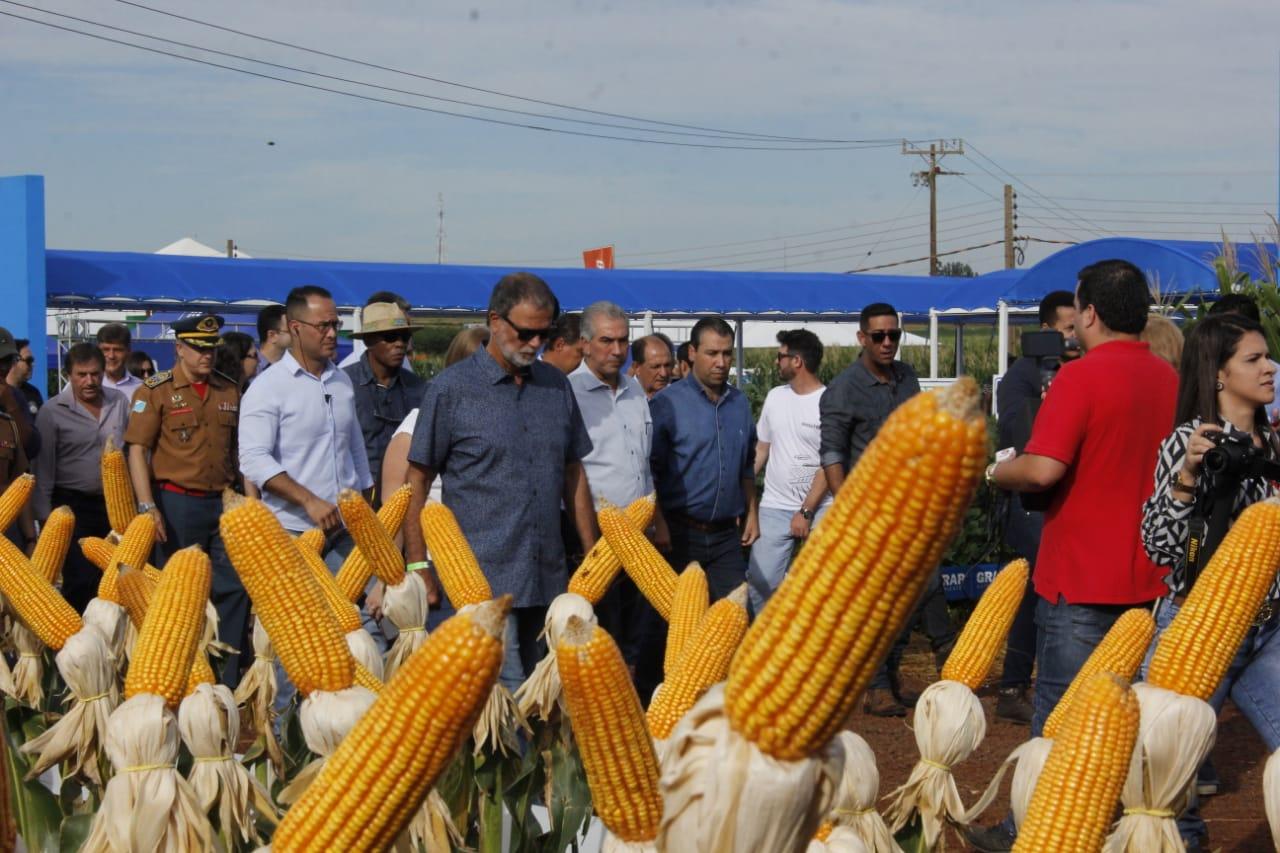 Governos anteriores eram ideológicos e prejudicaram o agronegócio, diz Azambuja