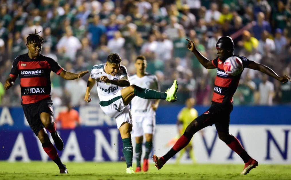 Palmeiras bate o Oeste e chega à terceira vitória seguida no Paulista