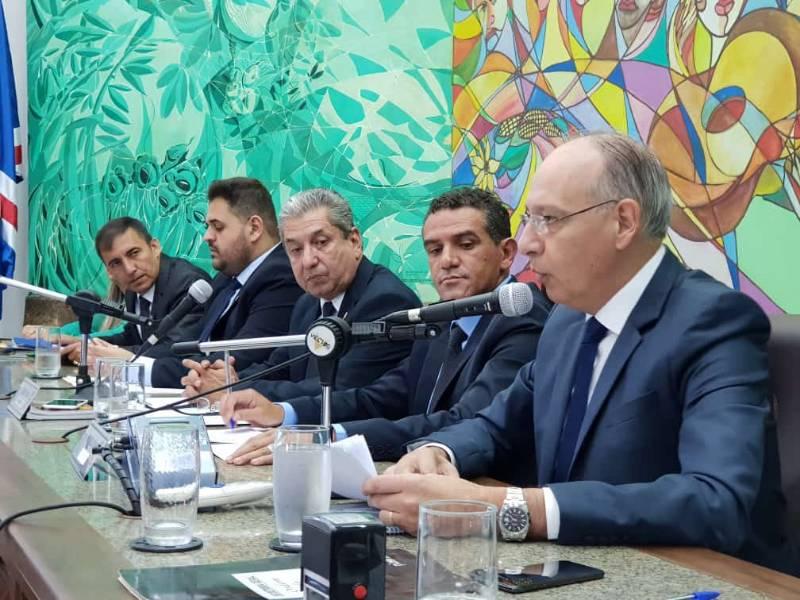 Na Câmara Municipal, Prefeito Hélio destaca avanços e enfatiza desenvolvimento com qualidade