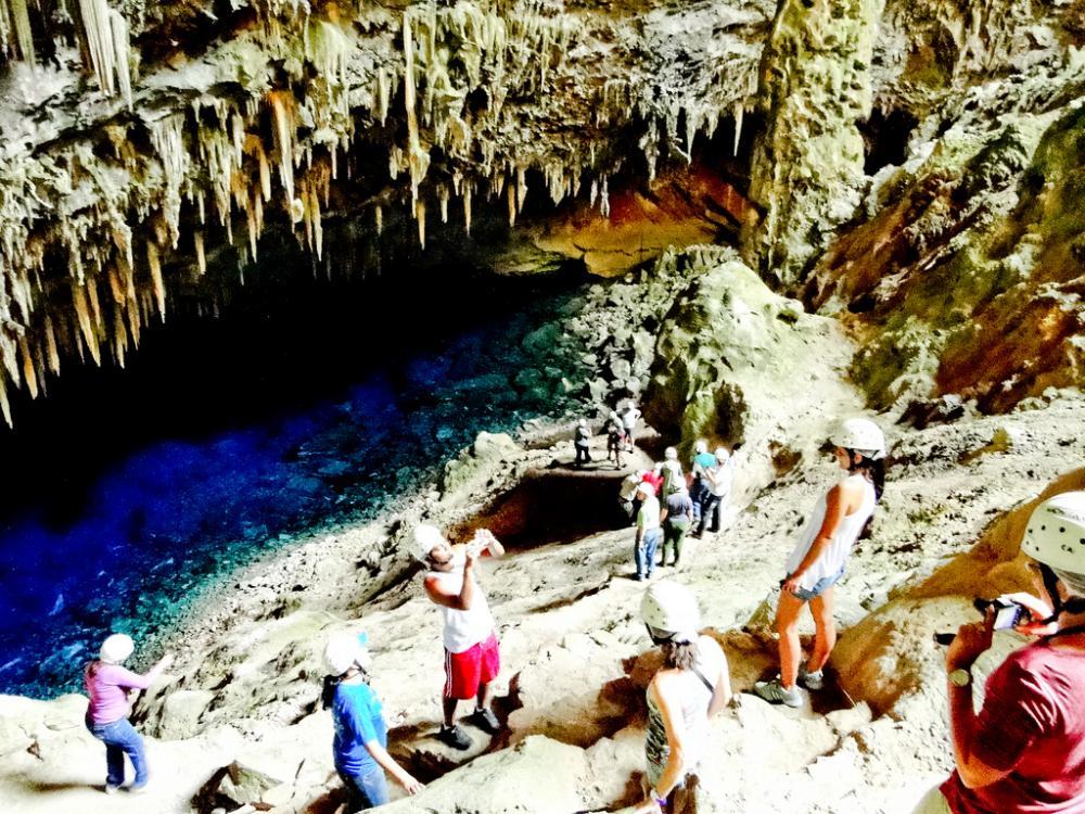 Gruta da Lago Azul é um dos principais pontos do turismo ecológico do País - Foto: Divulgação