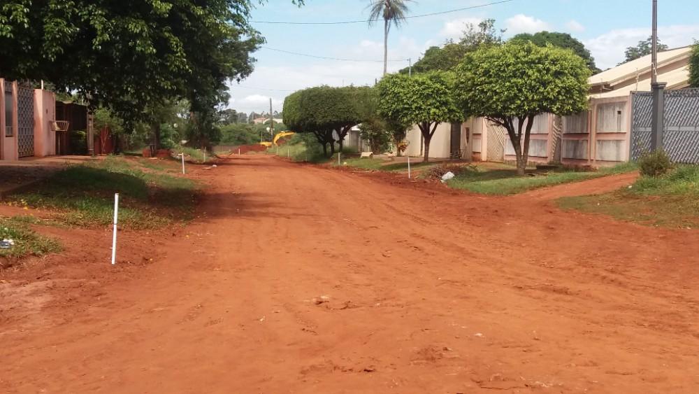 Prefeitura avança asfalto no bairro Jardim Alegrete