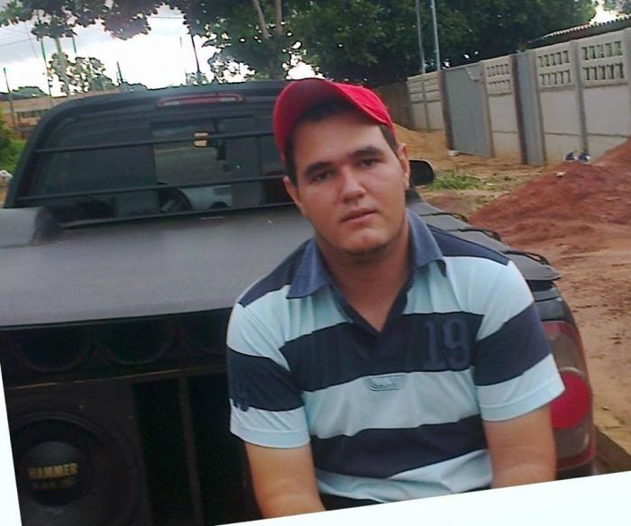 Maycon era bastante conhecido na cidade, e foi pioneiro com empresa de internet na região - Foto: Foto: Facebook/ Divulgação