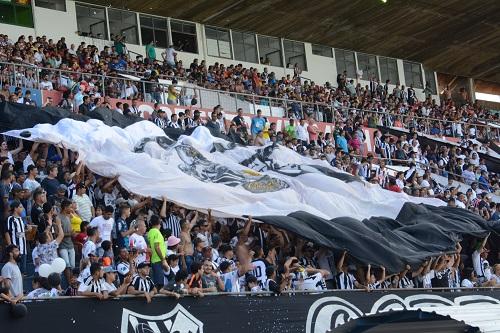 Como mandante, Galo levou todos os seus jogos no ano para a praça esportiva da UFMS - Foto: Arquivo / Correio do Estado