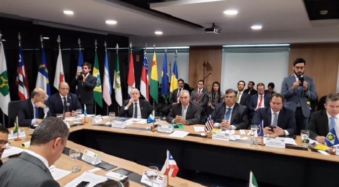 Azambuja participa de Fórum dos Governadores em Brasília - Foto: Clodoaldo Silva / Correio do Estado