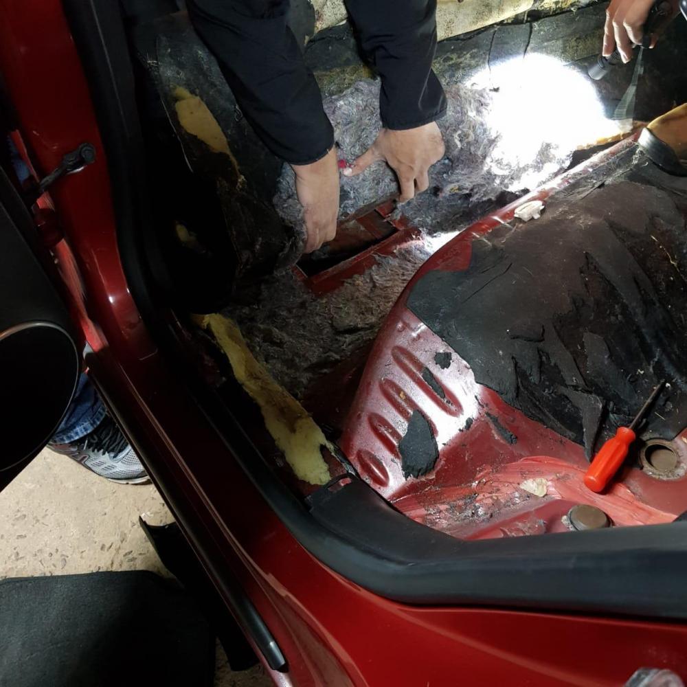 """Chevrolet Cruze tinha um """"mocó"""" (compartimento dissimulado para ocultar objetos ilícitos) - Foto: Reprodução"""