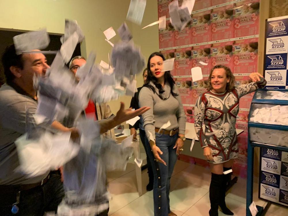 Sorteio da campanha do Dia das Mães da ACEPP contemplou 27 clientes