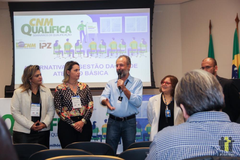 Zé Cabelo abre seminário na Assomasul (Fotos: Edson Ribeiro)