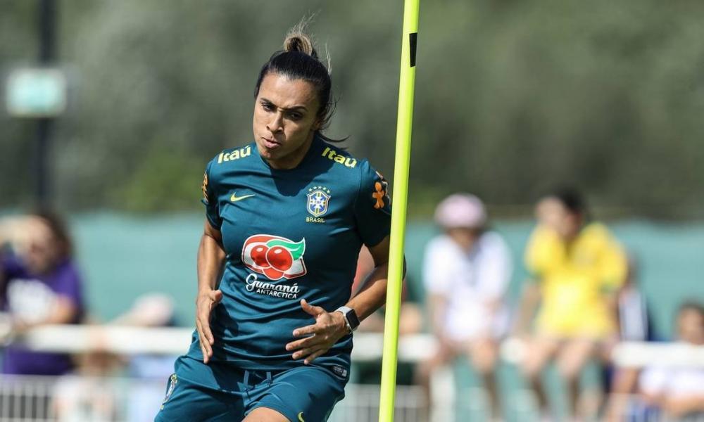 Retorno aos treinos dá indícios de que ela poderá estar em campo na quinta-feira - Foto: Mowa Press