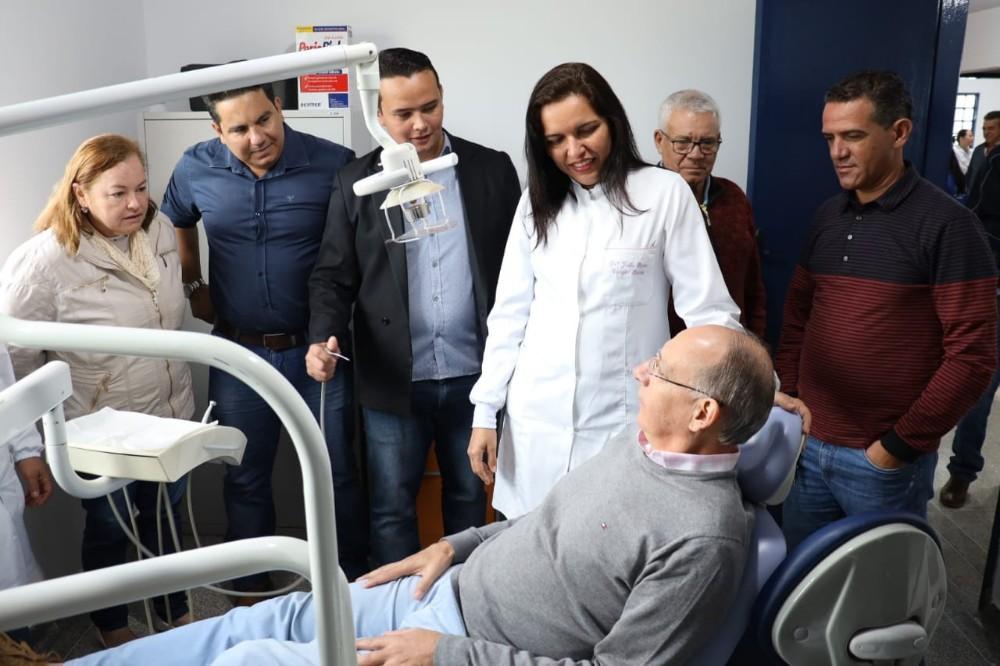 Prefeito Hélio Peluffo entregou reforma do posto de saúde de Sanga Puitã