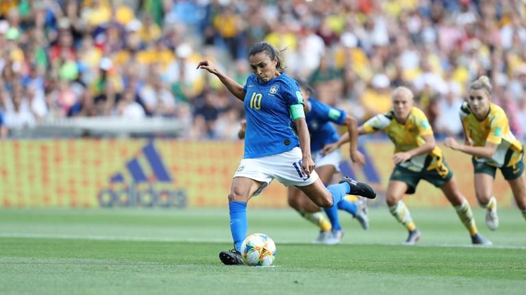 Apesar da derrota, o Brasil se manteve de forma provisória na liderança do Grupo C do Mundial, - Foto: Fifa