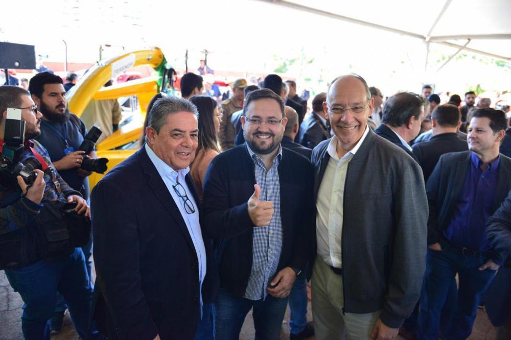 Prefeito Hélio Peluffo participou de evento na capital do Estado