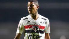 São Paulo enfrenta a Chapecoense na noite desta segunda-feira