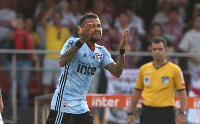 Daniel Alves estreiou hoje com gol - Foto: Rubens Chiri / saopaulofc.net