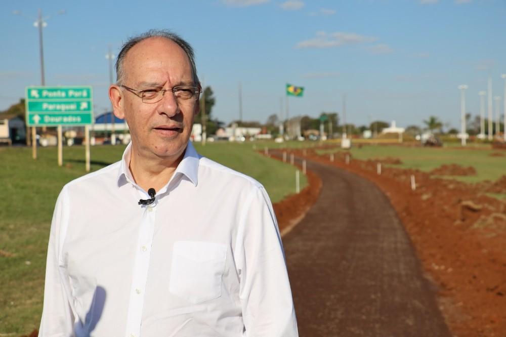 Ciclovia garante novo modal de transporte, diz prefeito Hélio Peluffo