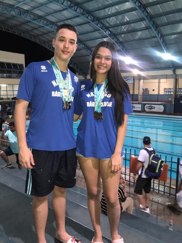 Atletas de Ponta Porã fazem bonito em competição estadual de natação