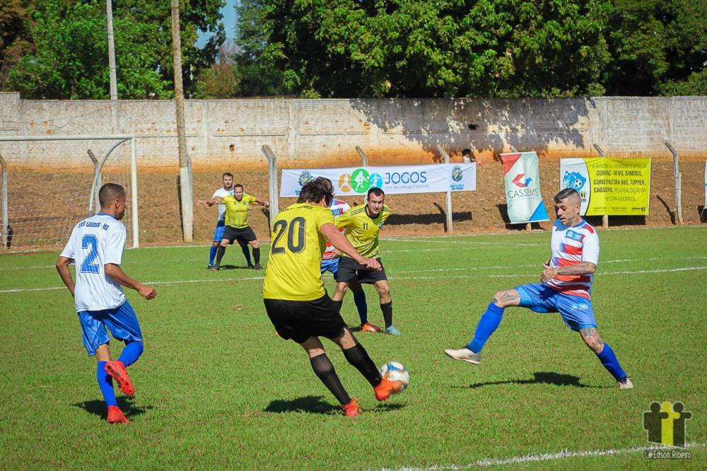 Três Lagoas (branco) fez 1 a 0 em Santa Rita do Pardo
