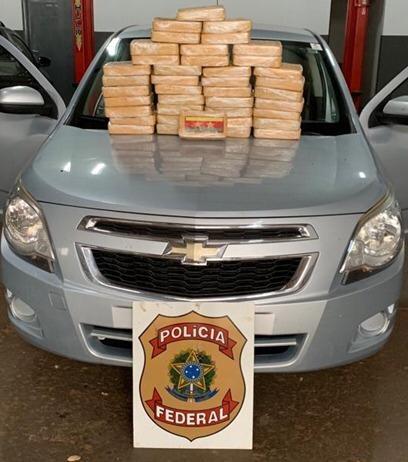 A droga foi apreendida e o motorista preso em flagrante - Foto: Reprodução/Polícia Federal
