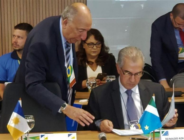 Reinaldo participou de encontro com outros governadores em Brasília - Foto: Foto: Divulgação / Governo do Estado