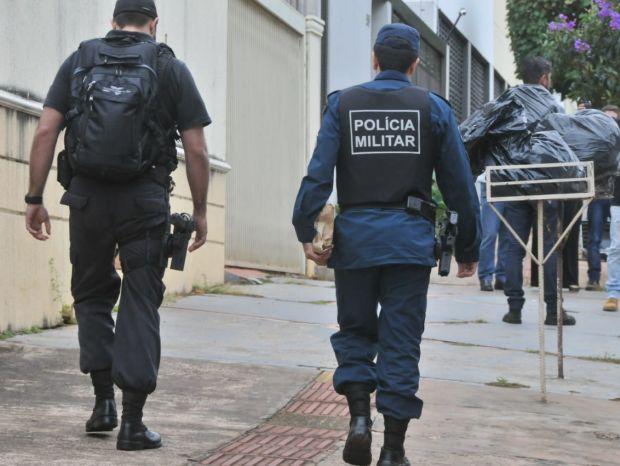 Policial militar de Mato Grosso do Sul que viajava com a família tentou impedir um assalto e foi baleado