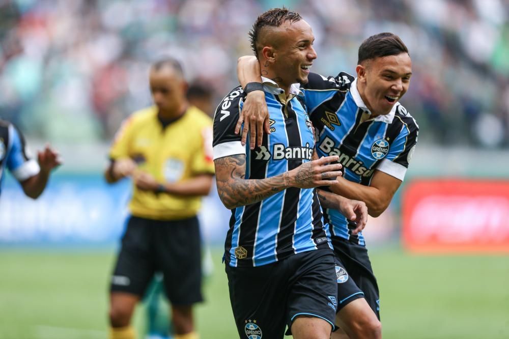 Grêmio soma três pontos na competição, chegando a 59, na quarta posição - Foto: Foto: Lucas Uebel / Grêmio FBPA