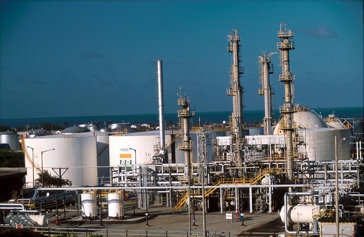 Preço nas refinarias da Petrobras tiveram aumento nesta quarta-feira - Juarez Cavalcanti/Divulgação