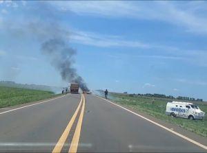 Quadrilha armada com fuzis assalta carro-forte em rodovia estadual