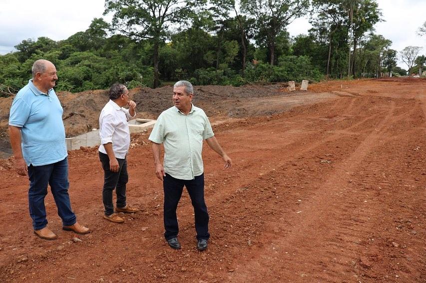 Prefeito em exercício Candido Gabínio visita obras no distrito de Nova Itamarati