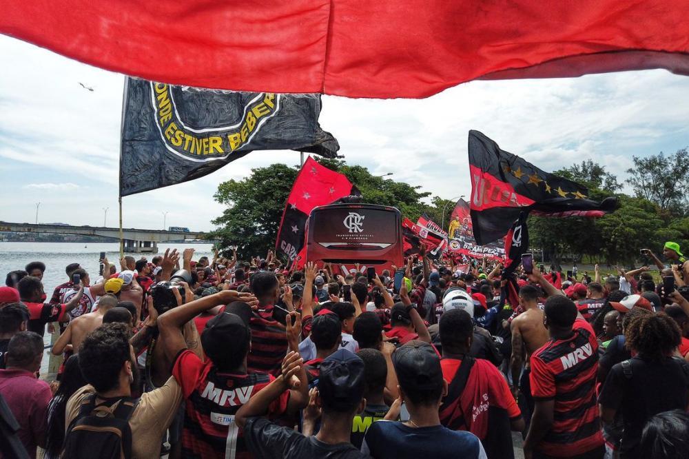 Torcida se despediu dos jogadores - Foto: Foto: Divulgação / Flamengo