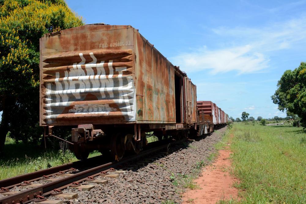 Trilhos da antiga ferrovia Noroeste do Brasil estão sem receber comboios desde 2015 - Foto: Foto: Bruno Henrique/Correio do Estado