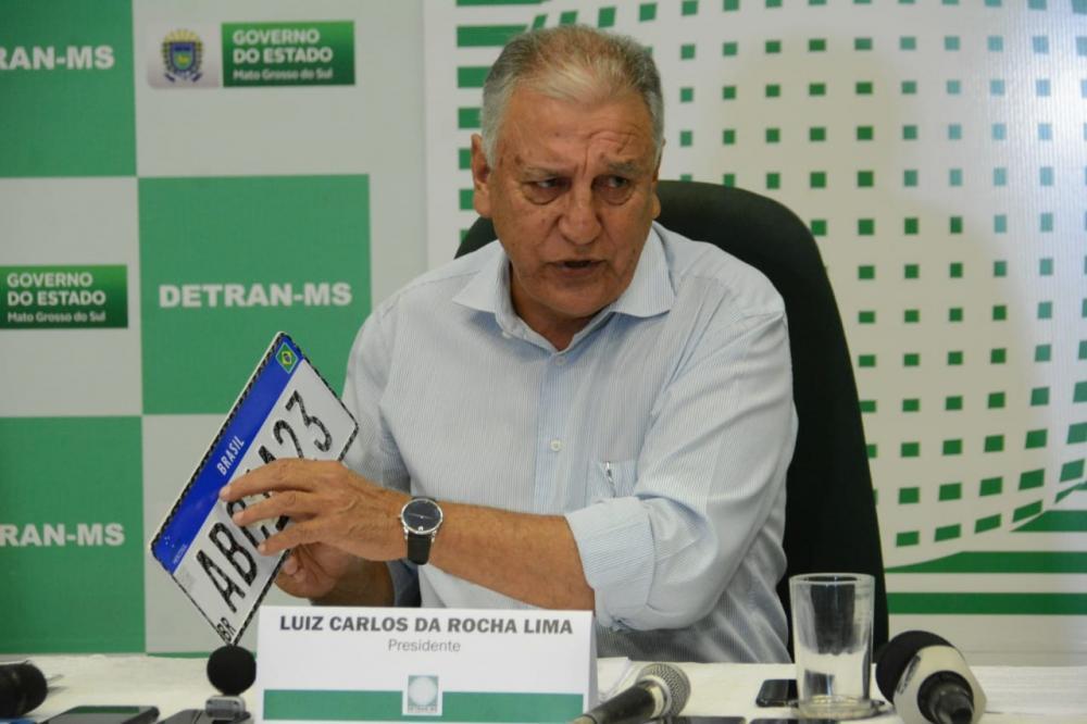 Durante coletiva, diretor do Detran não soube informar novos valores - Foto: Bruno Henrique/Correio do Estado