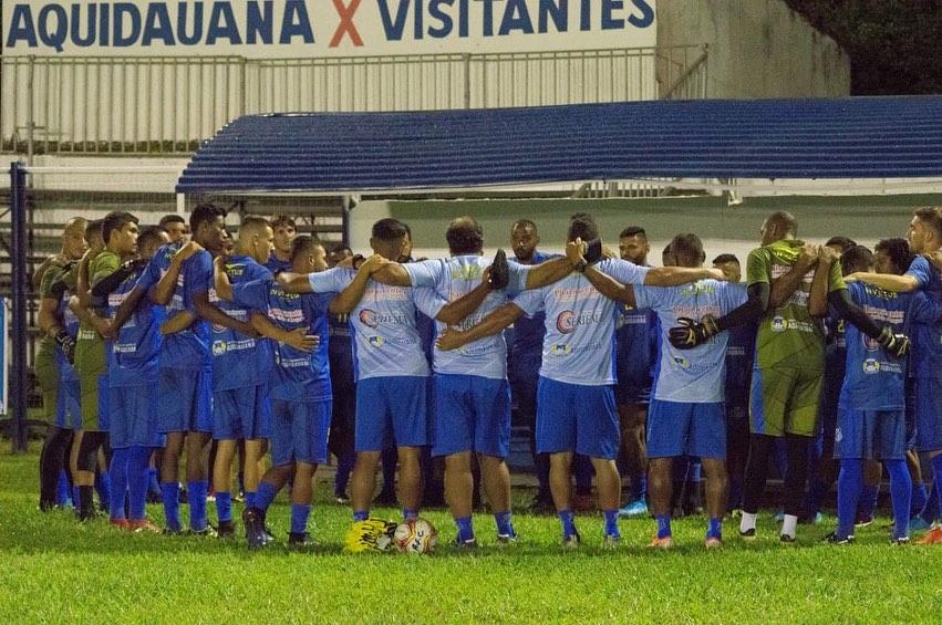 Jogadores do Aquidauanense acabaram derrotados pelo visitante - Foto: Divulgação/Aquidauanense