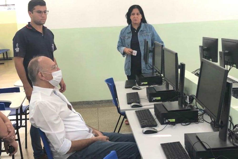 Central de Matrículas recebe 20 novos computadores, otimiza e agiliza ações na Educação