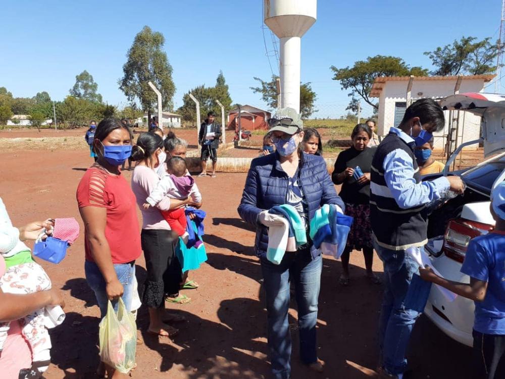Prefeitura atende comunidade indígena com máscaras do FAC