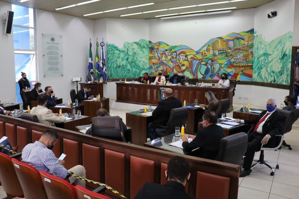Vereadores de Ponta Porã cobram explicações da Energisa sobre aumento em contas de luz