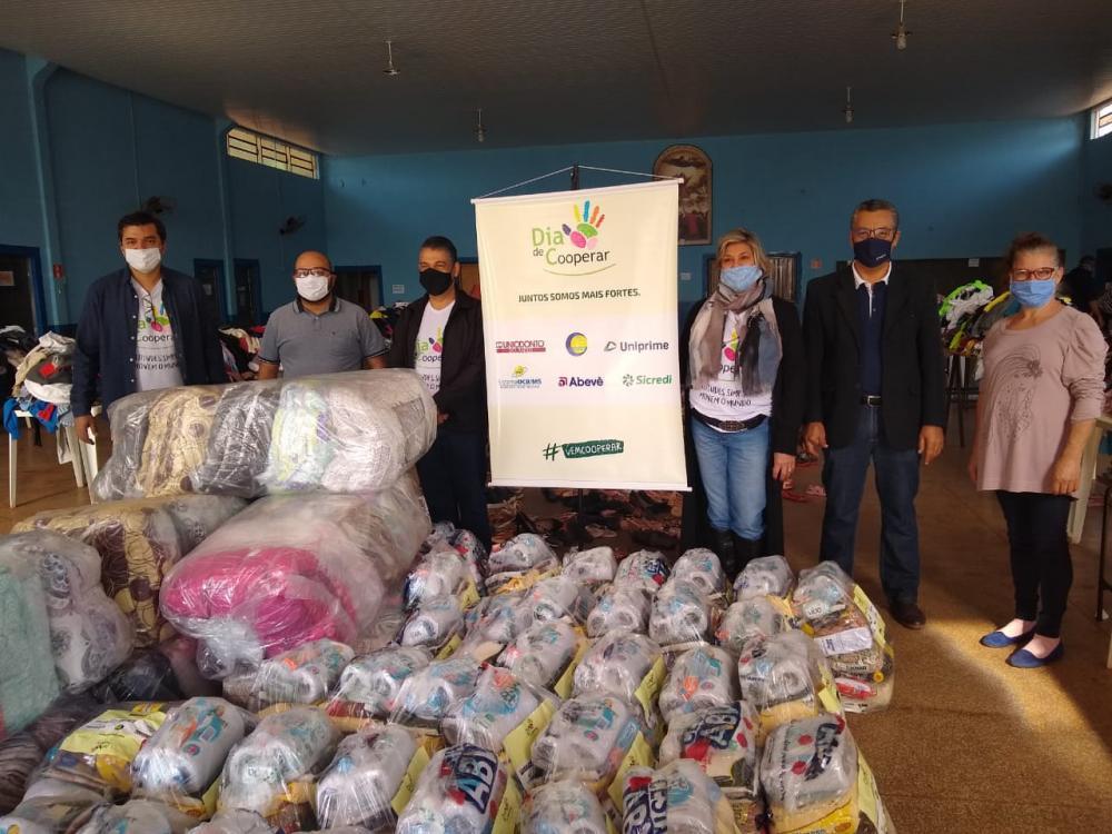 Sicredi Centro-Sul MS fortalece cooperativismo com ações do Dia C