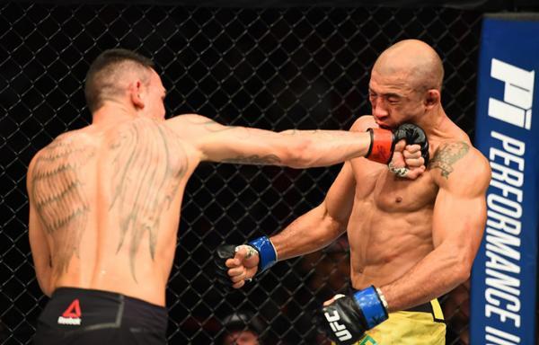 Max Holloway volta a nocautear José Aldo e mantém o cinturão no UFC 218